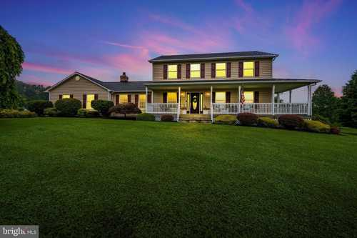 $769,900 - 4Br/3Ba -  for Sale in Laurand, Mount Airy