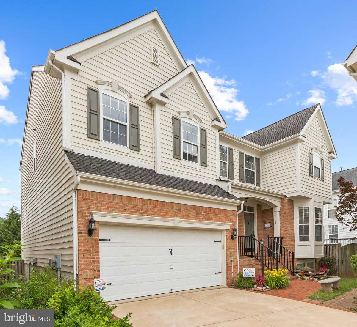 $800,000 - 6Br/4Ba -  for Sale in Rockland Village, Chantilly