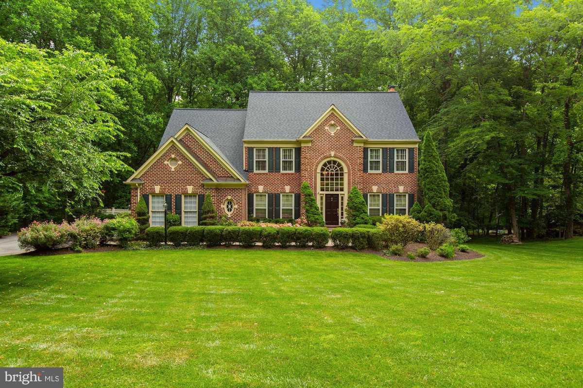 $1,329,000 - 5Br/5Ba -  for Sale in Timberlake Estates South, Great Falls