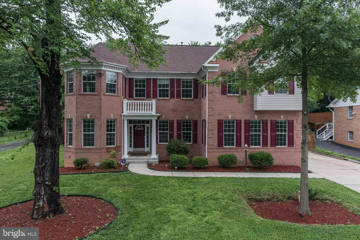 $1,199,900 - 7Br/6Ba -  for Sale in Olive Park, Annandale