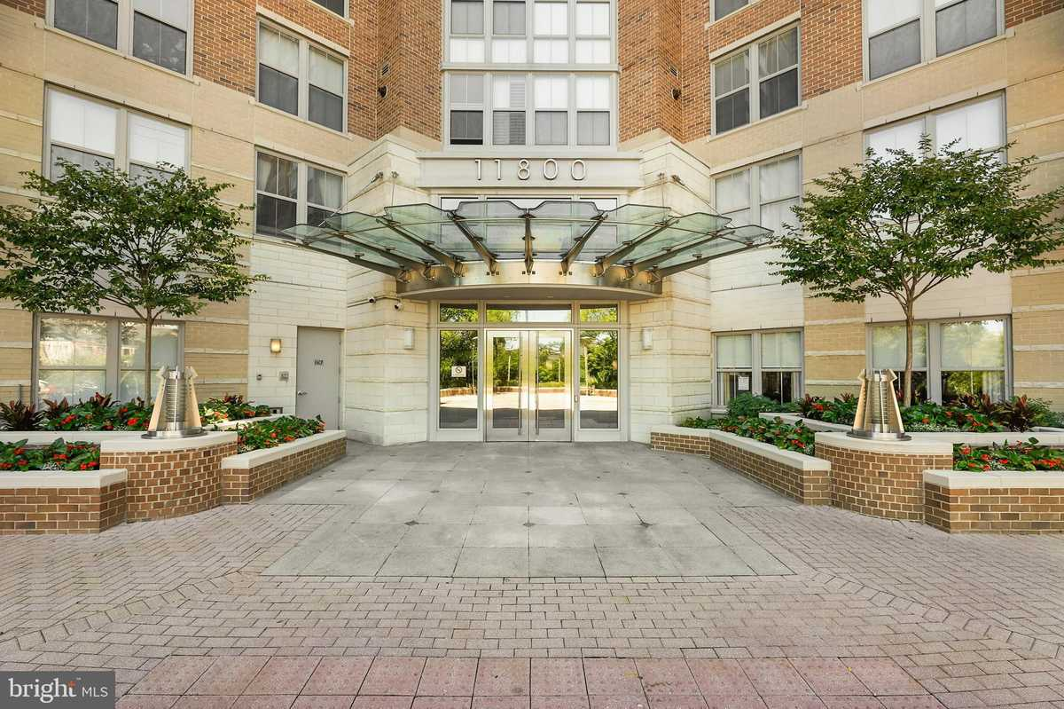 $325,000 - 1Br/1Ba -  for Sale in Carlton House, Reston