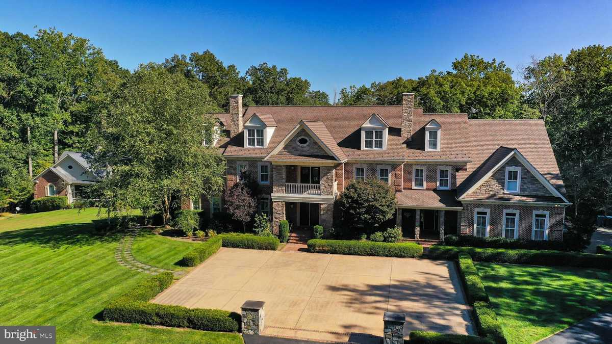 $2,750,000 - 7Br/10Ba -  for Sale in Stillwell Acres, Clifton