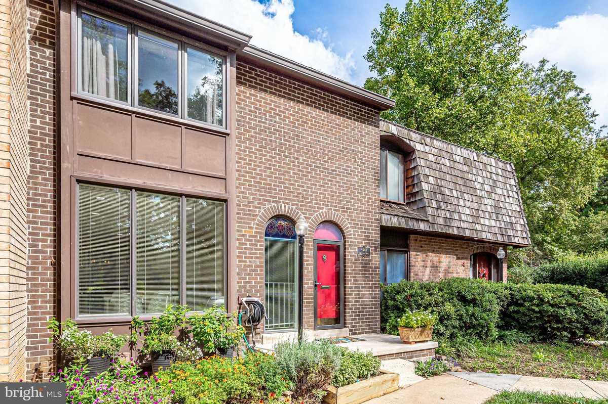 $499,000 - 3Br/4Ba -  for Sale in Americana Fairfax, Annandale