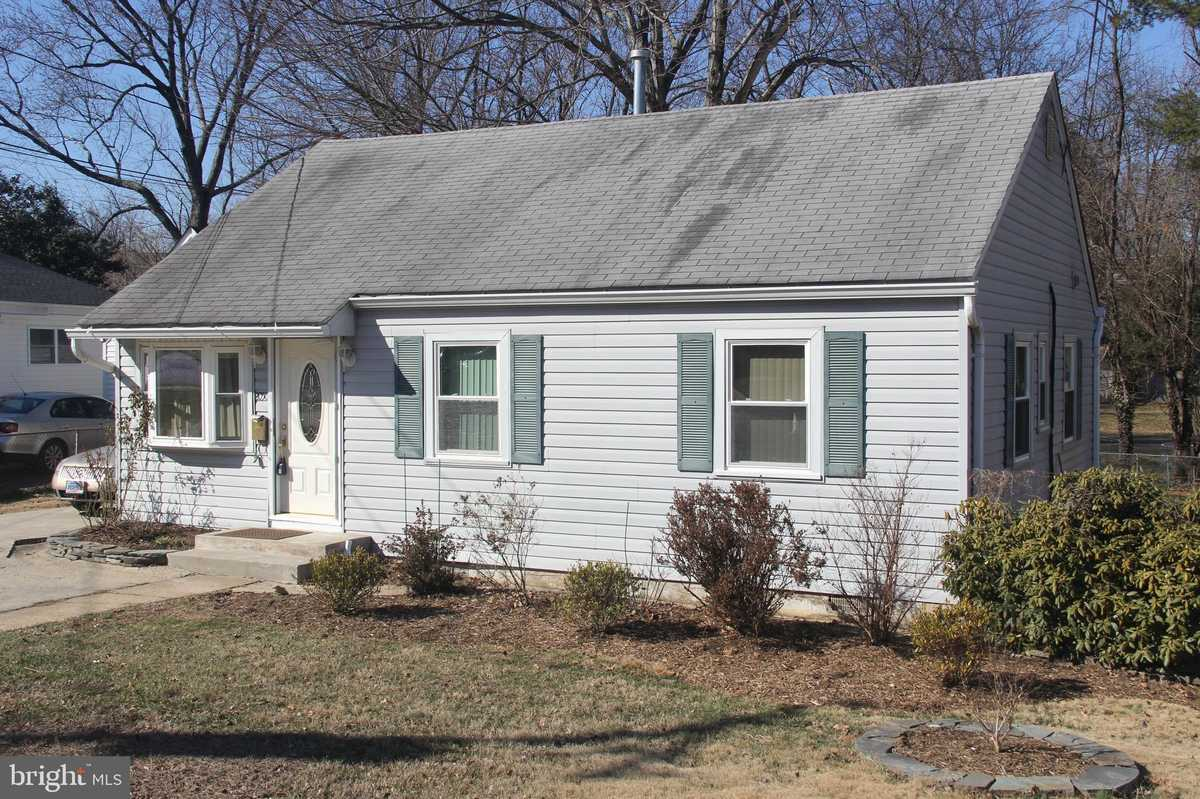 $672,500 - 2Br/2Ba -  for Sale in Pimmit Hills, Falls Church