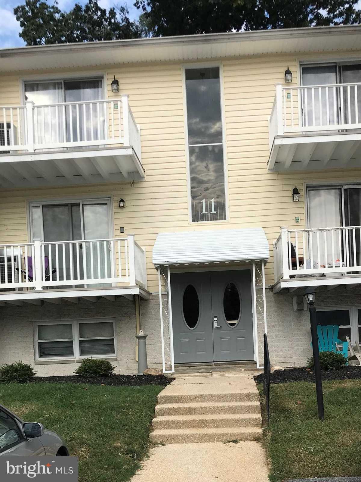 $164,900 - 3Br/2Ba -  for Sale in Warren Lodge Condominiums, Cockeysville