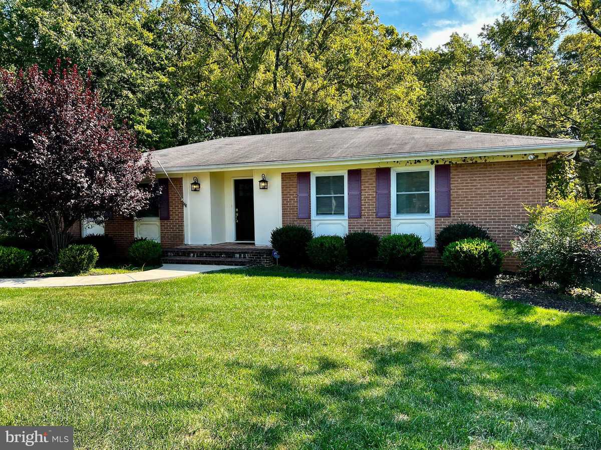 $3,695 - 5Br/3Ba -  for Sale in Ash Grove, Vienna