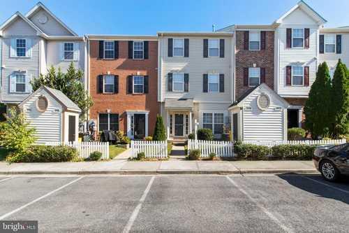 $325,000 - 3Br/2Ba -  for Sale in Seven Oaks, Odenton