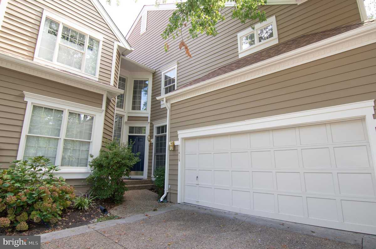 $769,000 - 3Br/4Ba -  for Sale in Timberview, Reston