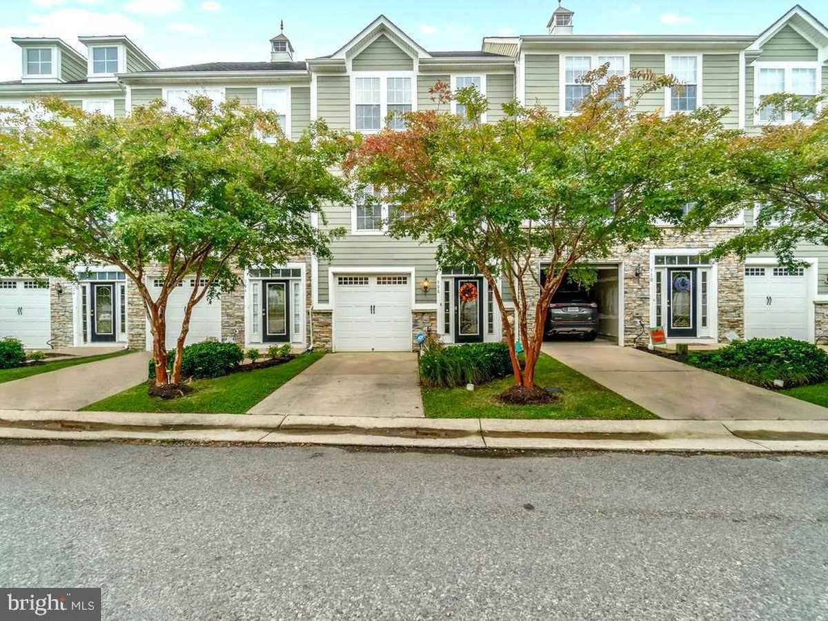 $340,000 - 4Br/4Ba -  for Sale in Monroe Point, Colonial Beach