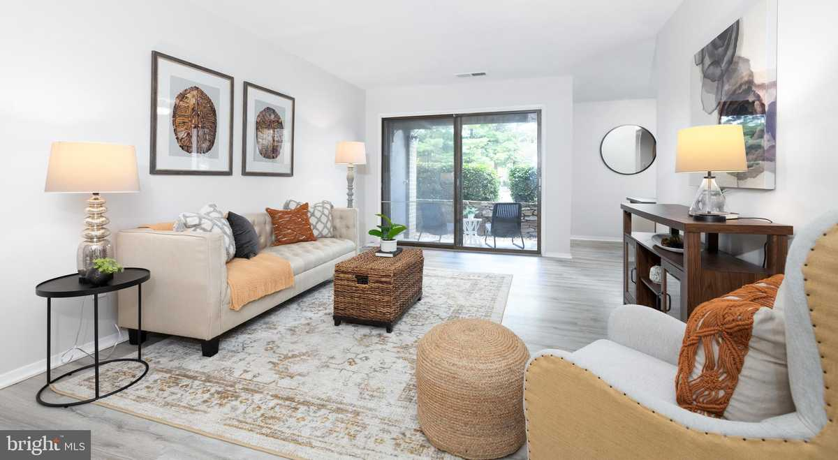 $194,000 - 1Br/1Ba -  for Sale in Jefferson Mews, Herndon