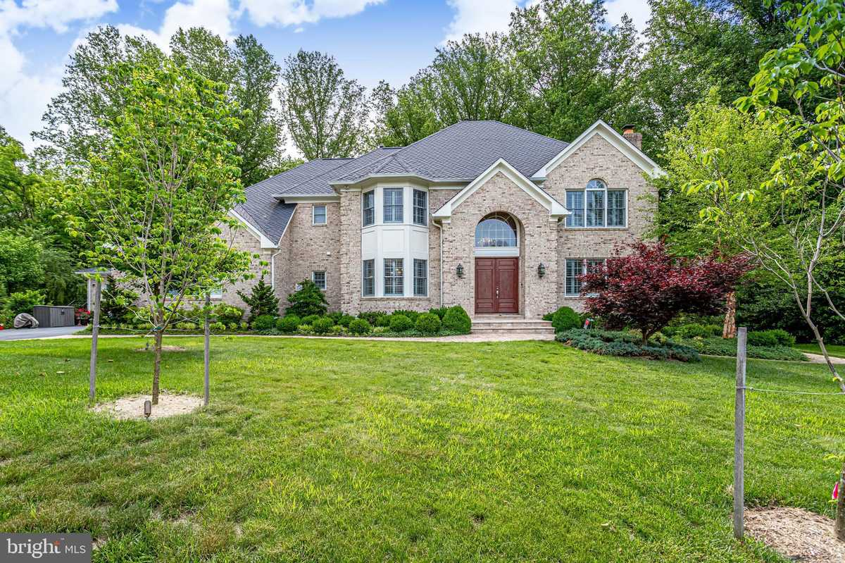 $2,750,000 - 7Br/10Ba -  for Sale in Mill Race Estates, Vienna