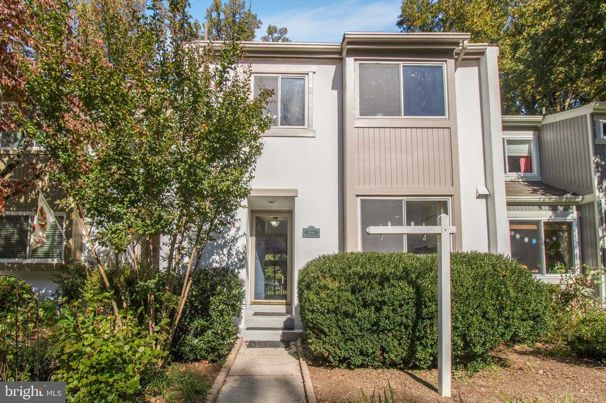 $485,000 - 3Br/4Ba -  for Sale in Generation Townhouses, Reston