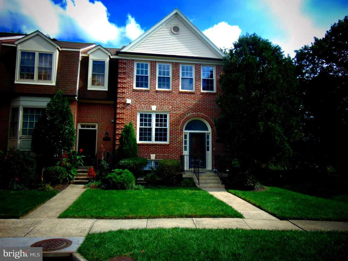 $2,900 - 3Br/4Ba -  for Sale in Ivy Square, Vienna