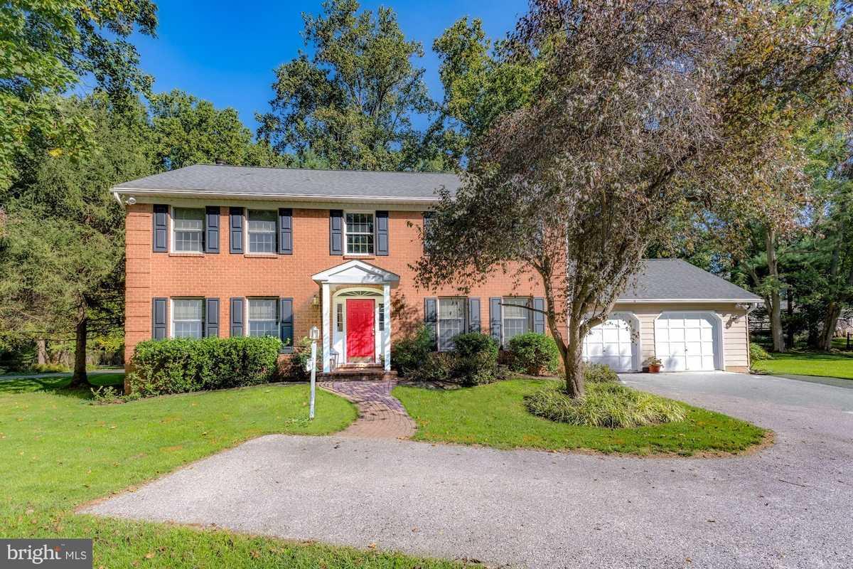 $450,000 - 4Br/4Ba -  for Sale in Sherman, Owings Mills