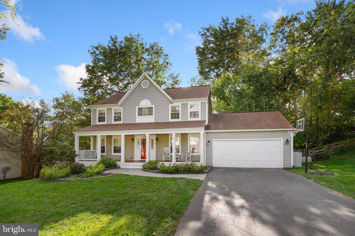 $639,000 - 4Br/3Ba -  for Sale in Pleasant Valley, Chantilly