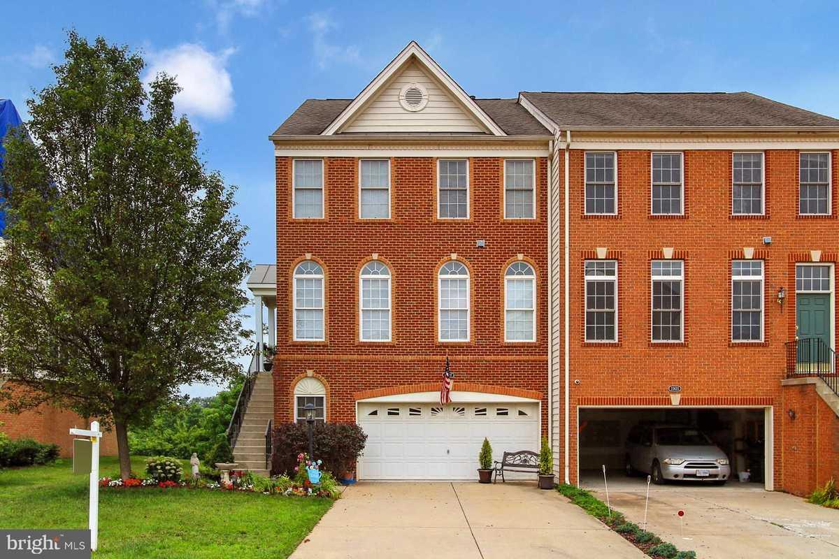 $699,900 - 3Br/4Ba -  for Sale in Loudoun Valley Estates, Ashburn