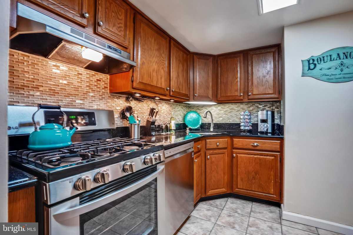 $213,000 - 1Br/1Ba -  for Sale in Northgate Condo, Reston