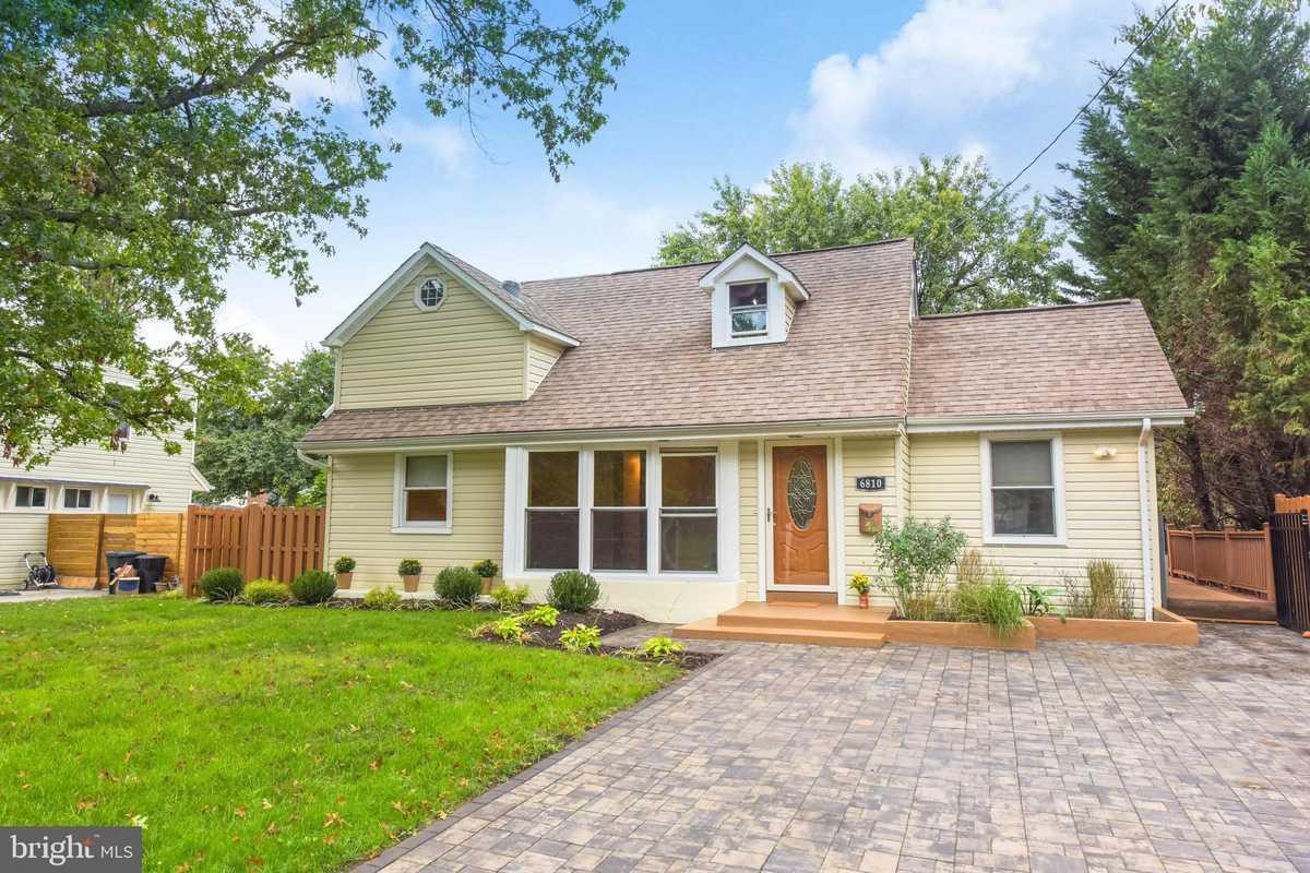 $699,000 - 4Br/2Ba -  for Sale in Bucknell Manor, Alexandria
