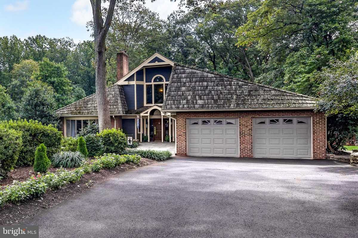 $2,350,000 - 4Br/6Ba -  for Sale in Miller Heights, Oakton