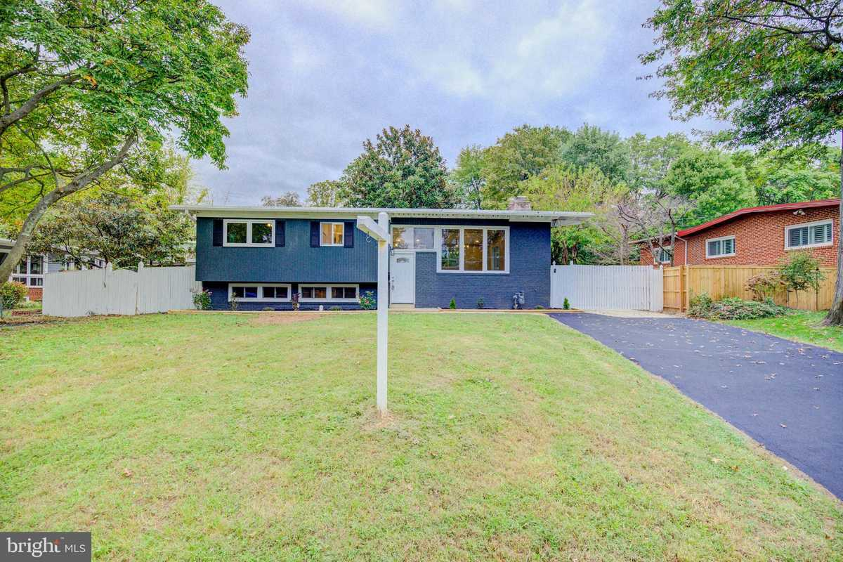 $874,900 - 4Br/3Ba -  for Sale in Aura Heights, Falls Church