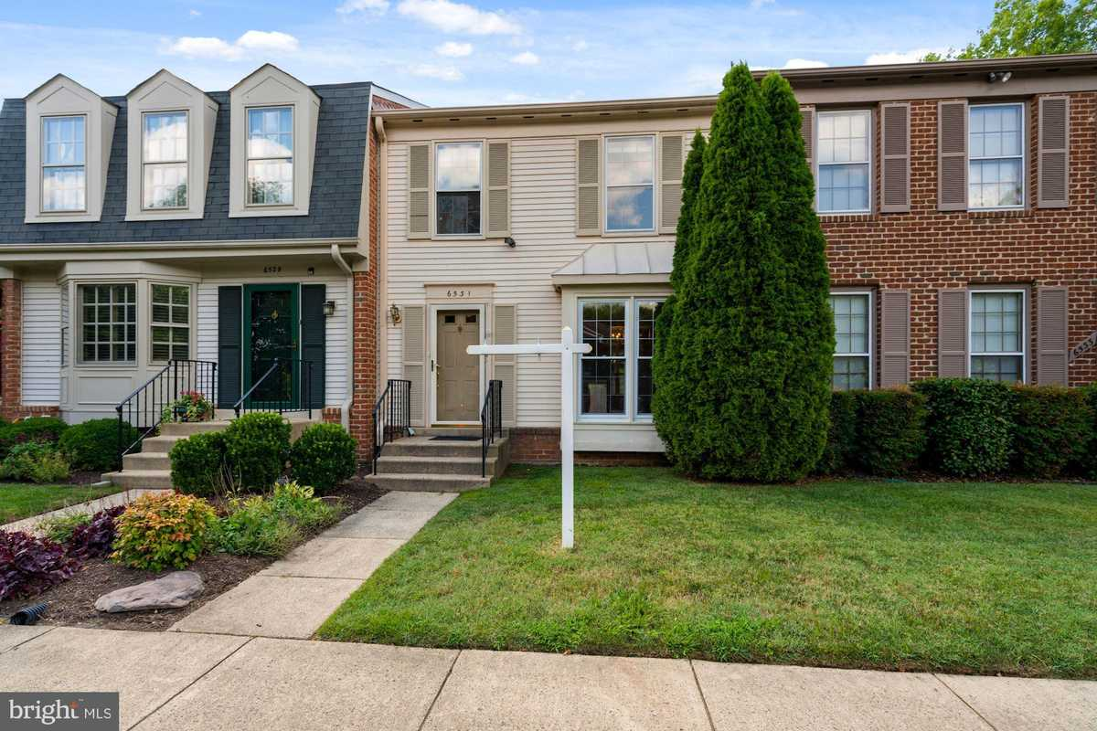 $514,900 - 3Br/4Ba -  for Sale in Pinecrest, Alexandria