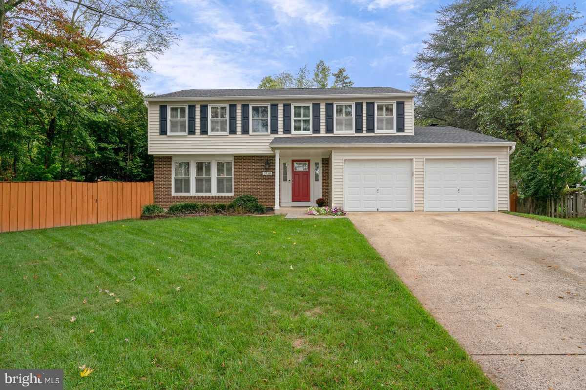 $724,900 - 5Br/4Ba -  for Sale in Middle Valley, Springfield