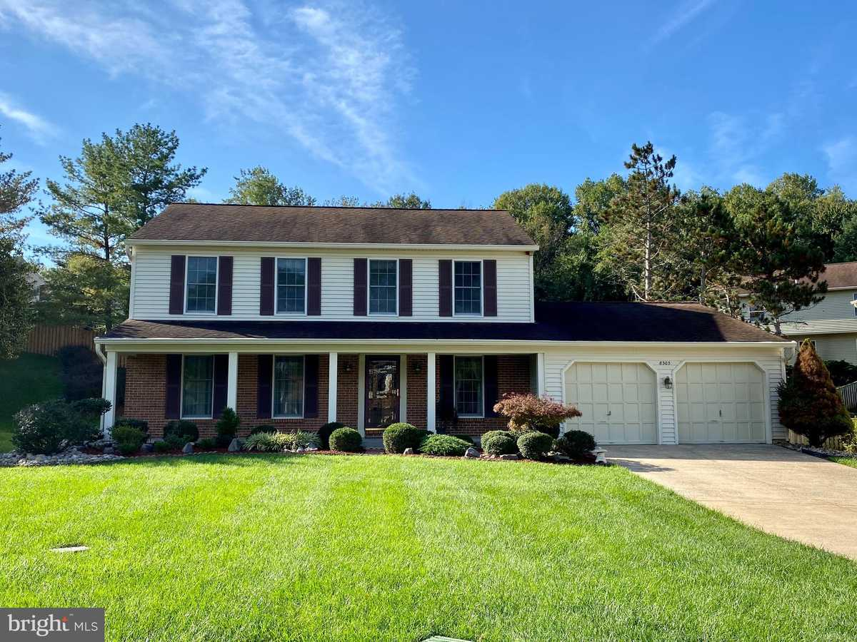 $889,900 - 4Br/4Ba -  for Sale in Silentree Of Tysons, Vienna