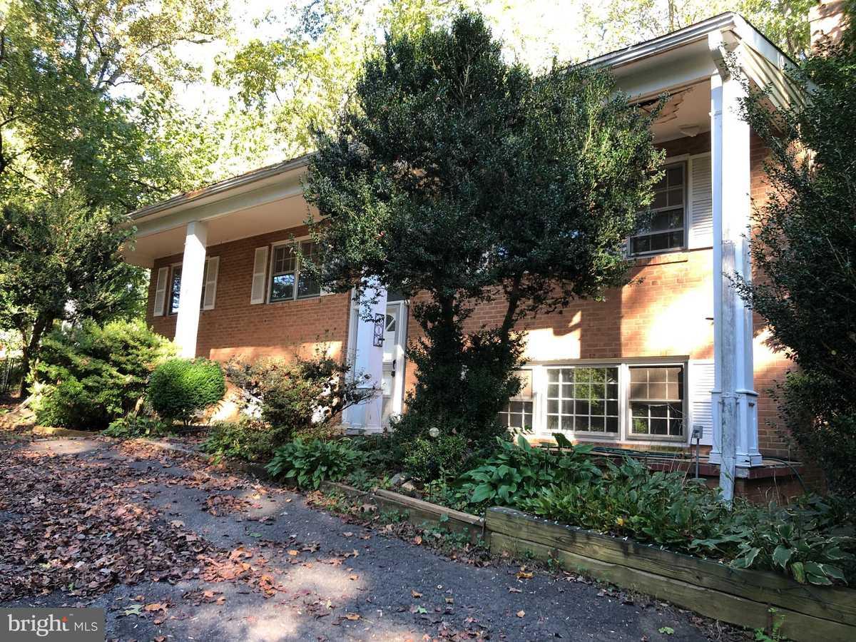 $850,000 - 4Br/3Ba -  for Sale in Oliver Estates, Great Falls
