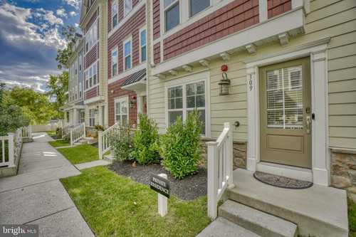 $459,900 - 4Br/4Ba -  for Sale in Towson Mews, Towson