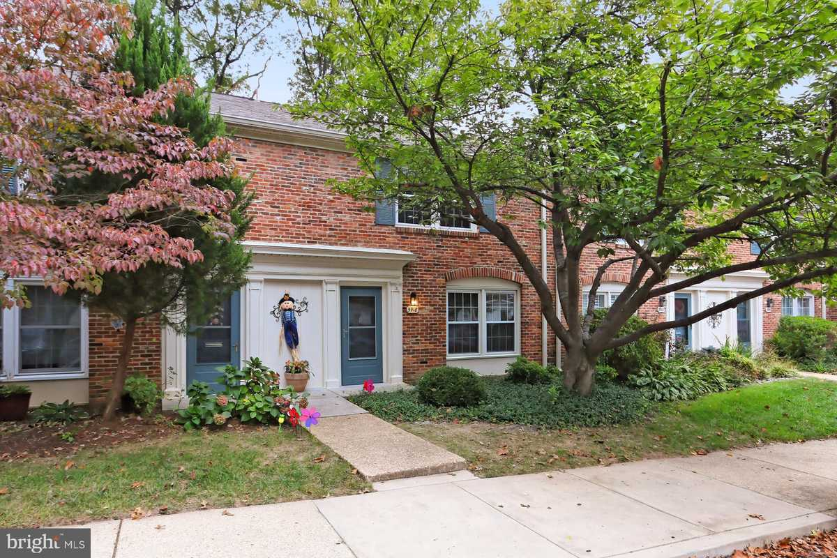 $350,000 - 3Br/3Ba -  for Sale in Cardinal Forest, Springfield