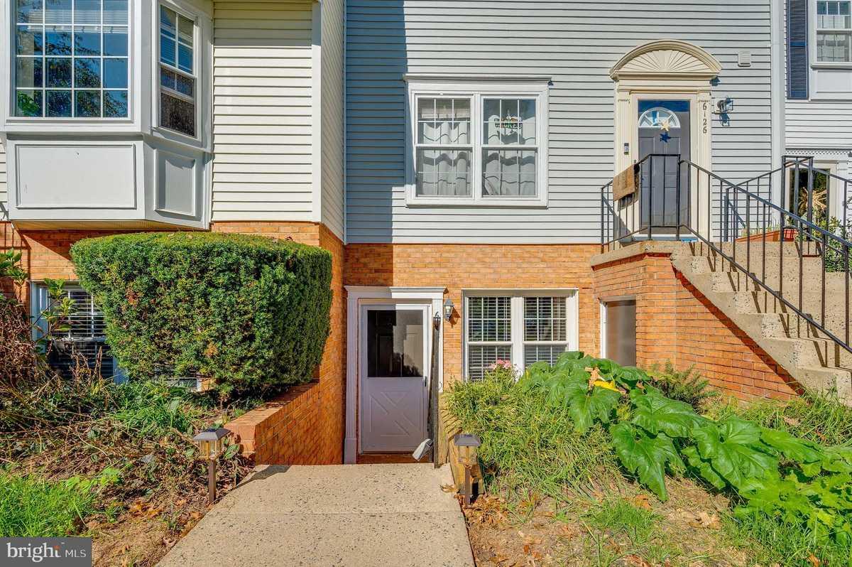 $310,000 - 2Br/1Ba -  for Sale in Woodwalk, Burke