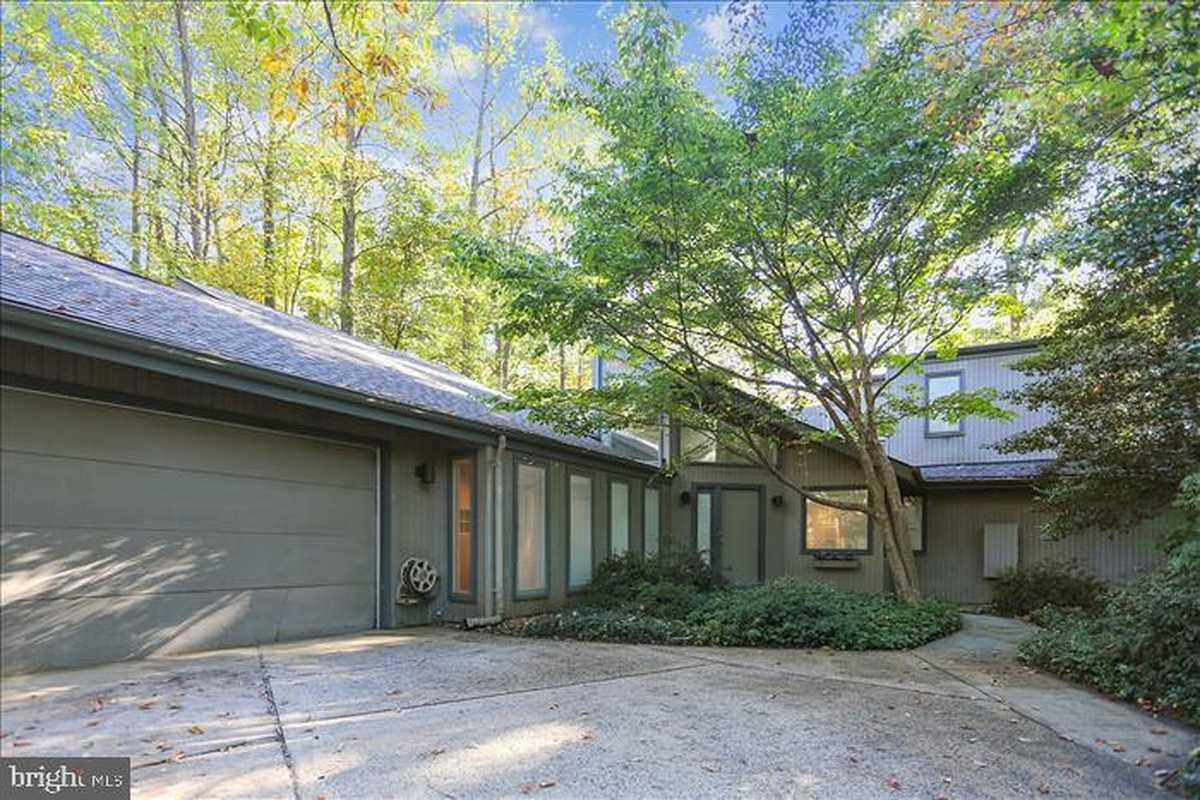 $980,000 - 5Br/4Ba -  for Sale in Reston, Reston