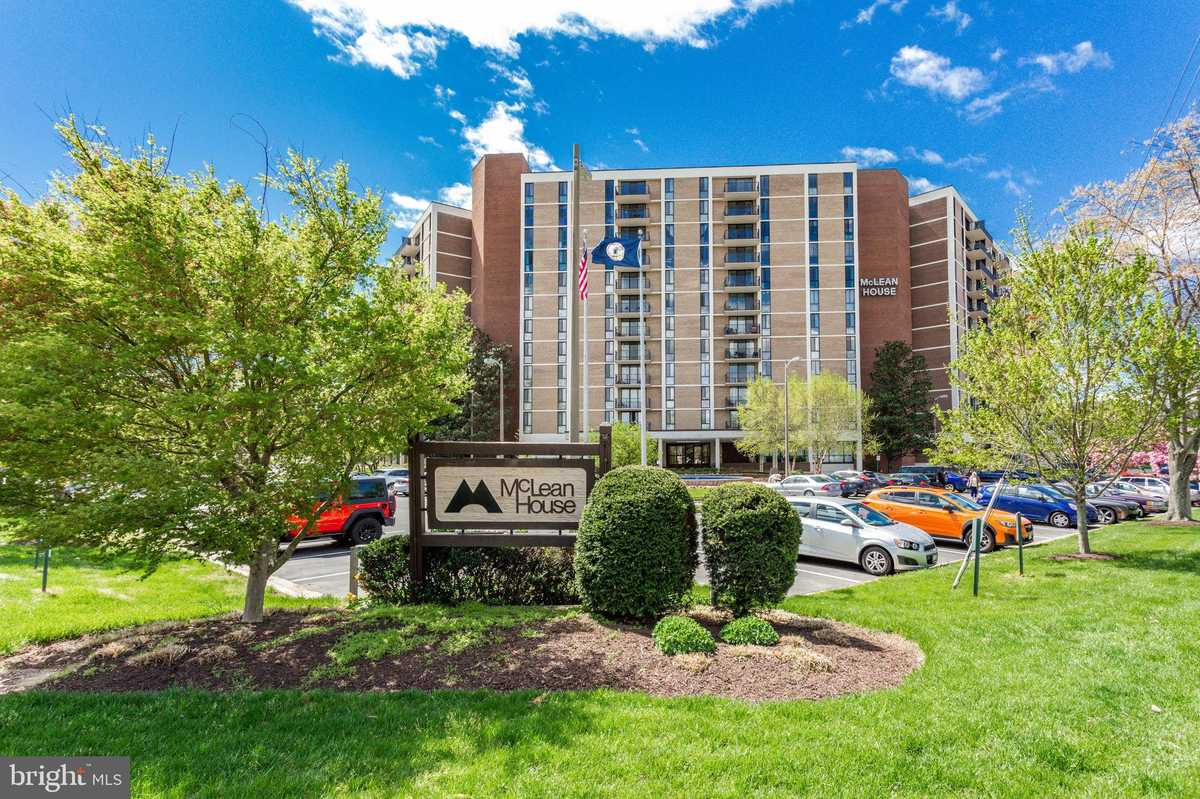 $285,000 - 1Br/2Ba -  for Sale in Mclean House North, Mclean