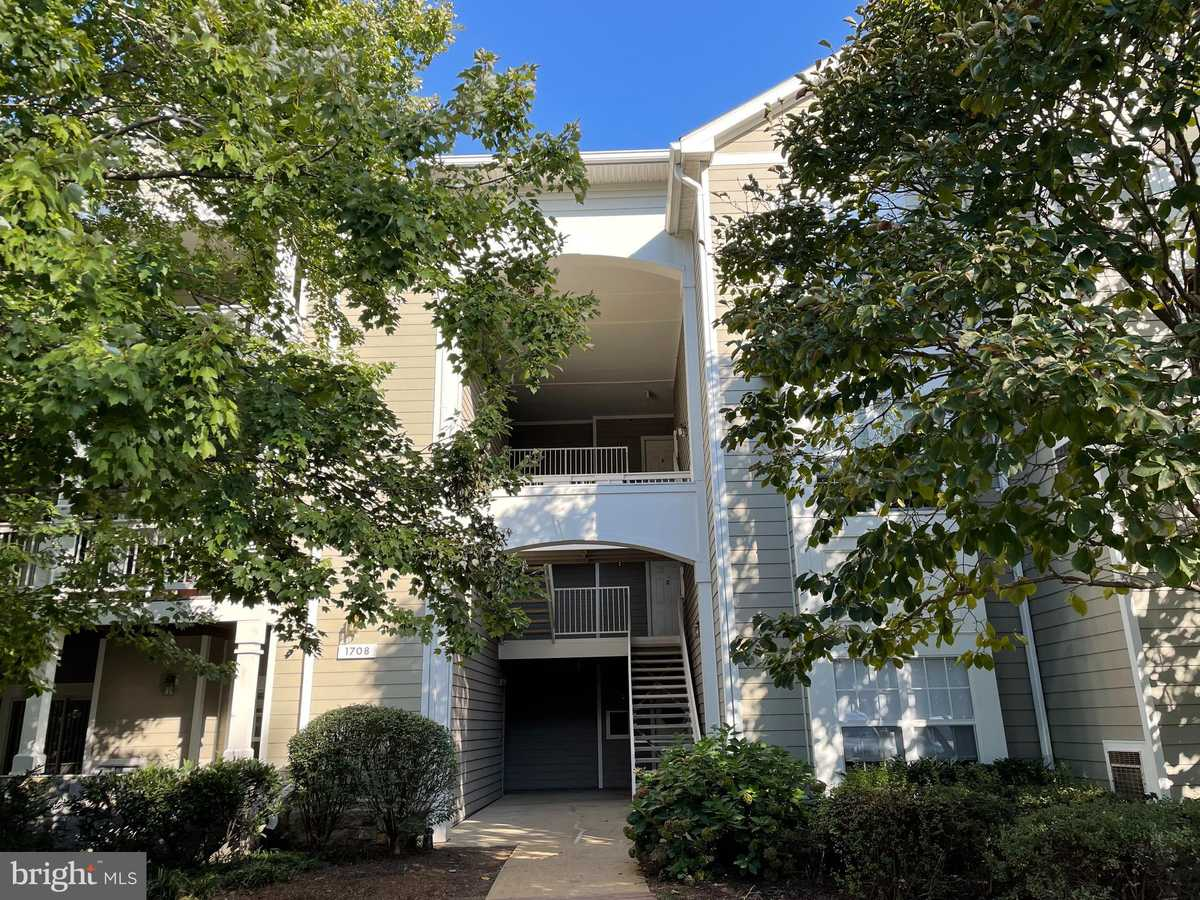 $344,990 - 2Br/2Ba -  for Sale in Edgewater At Town Center, Reston