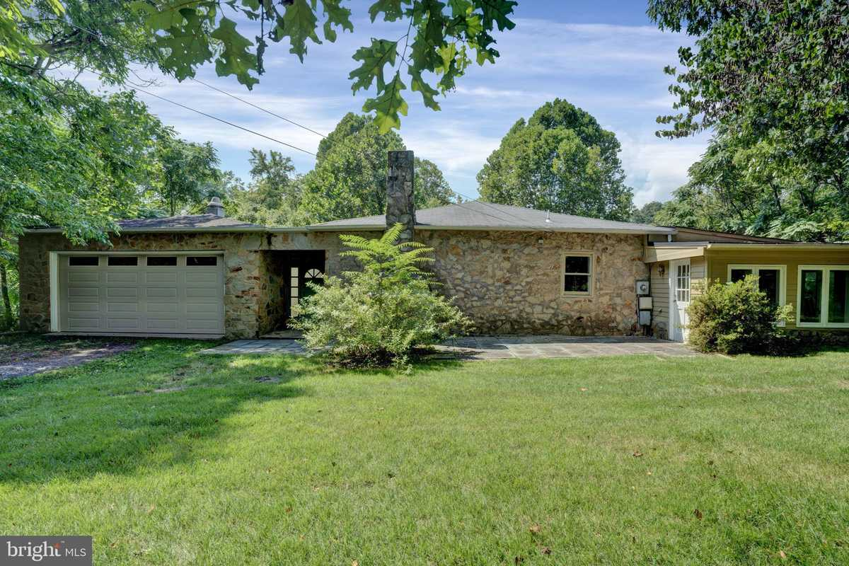 $725,000 - 4Br/3Ba -  for Sale in Clifton, Clifton