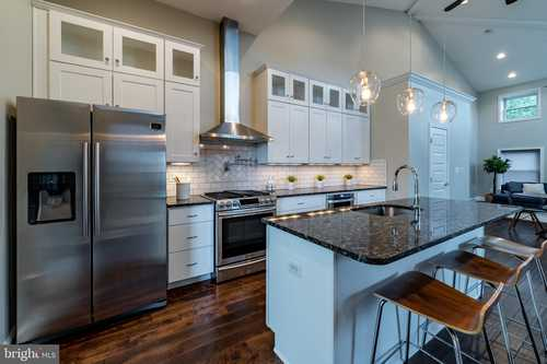 $499,999 - 3Br/4Ba -  for Sale in Fells Point, Baltimore