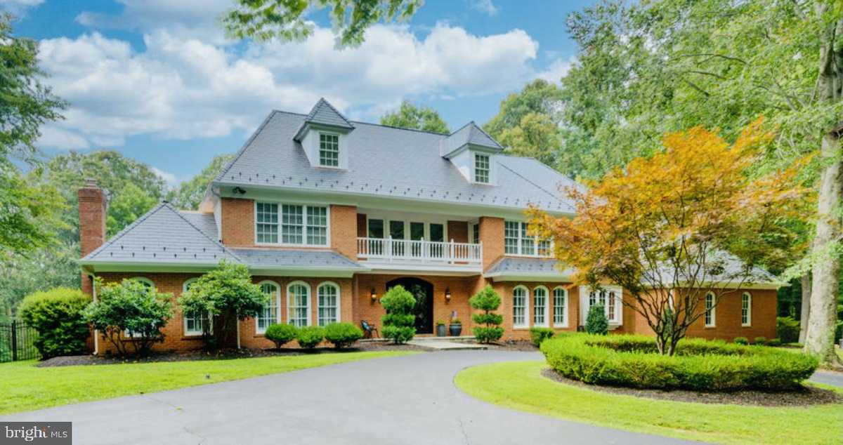 $1,699,900 - 7Br/8Ba -  for Sale in None Available, Clifton