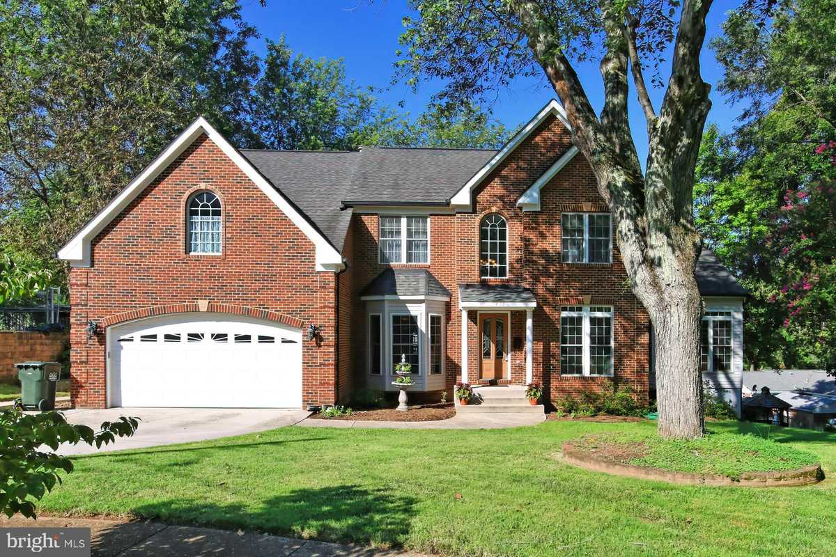 $925,000 - 5Br/4Ba -  for Sale in Springfield, Springfield