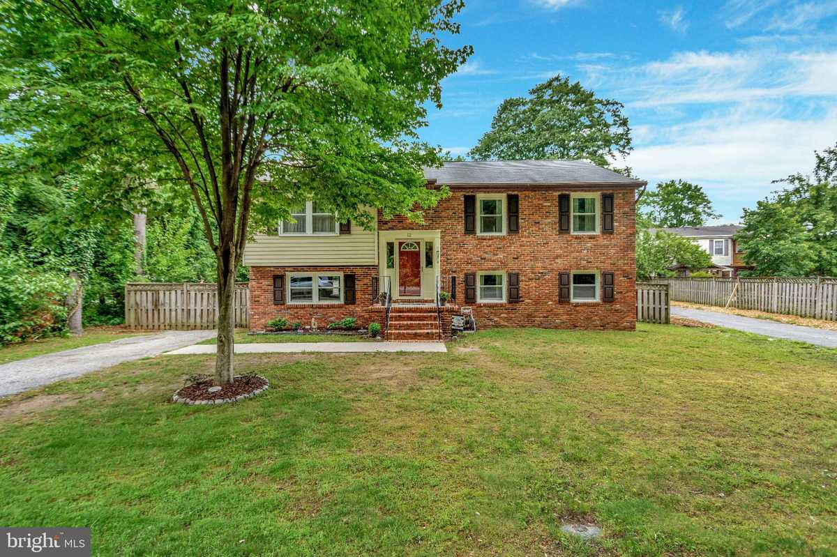 $470,000 - 4Br/2Ba -  for Sale in None Available, Severna Park