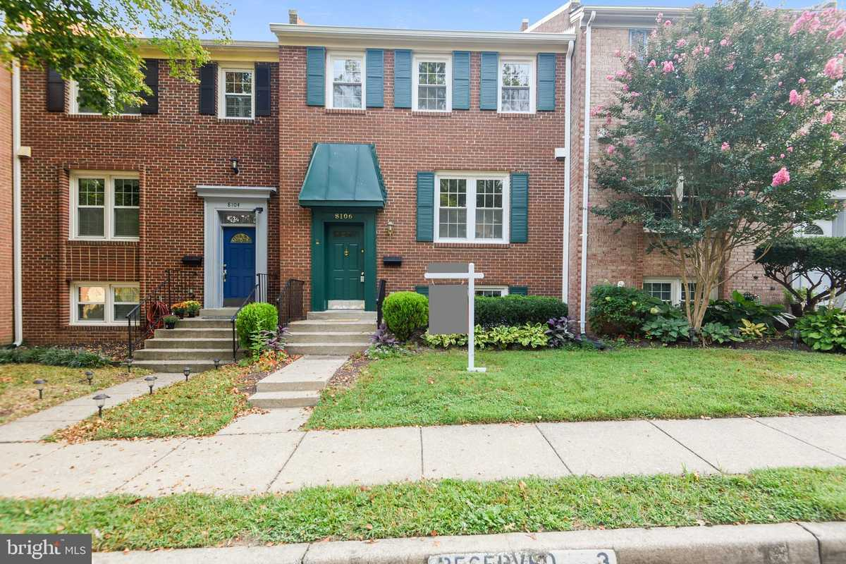$479,999 - 4Br/4Ba -  for Sale in Saratoga Townhouses, Springfield