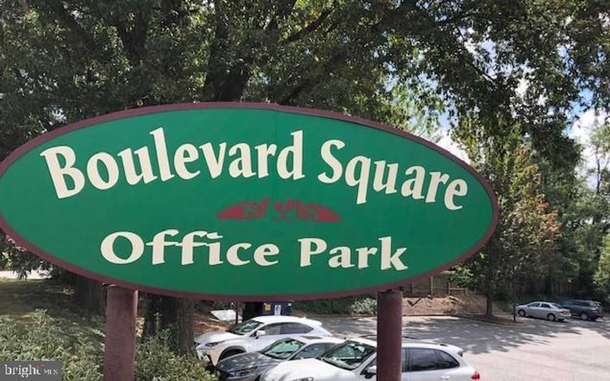 $1,500 - Br/Ba -  for Sale in Falls Church