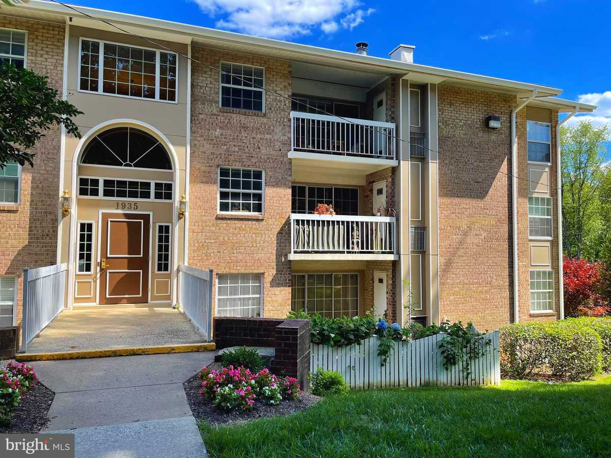 $295,500 - 2Br/1Ba -  for Sale in Mclean Chase, Mclean