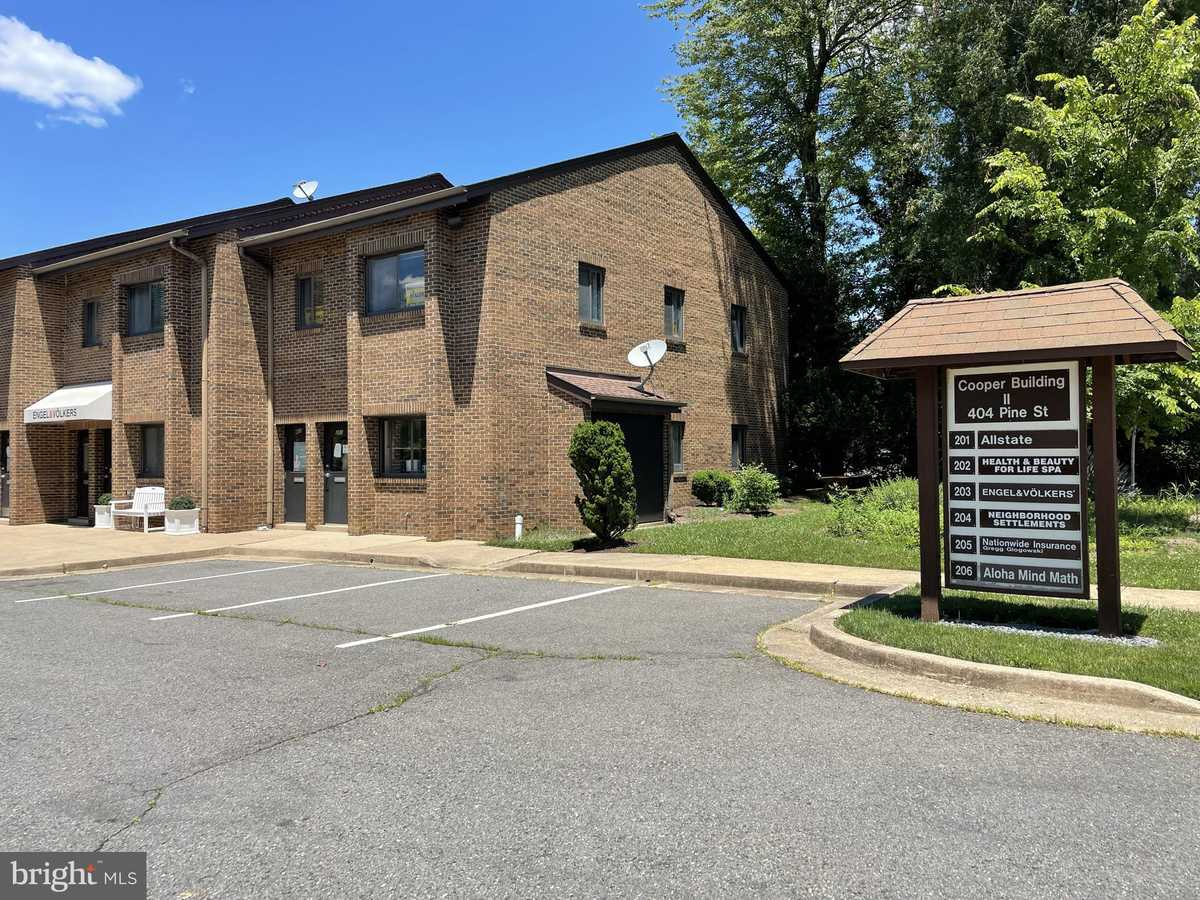 $279,000 - Br/Ba -  for Sale in Cooper Office, Vienna