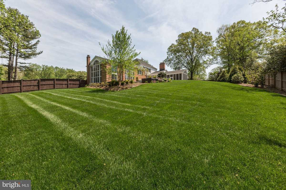 $2,650,000 - Br/Ba -  for Sale in Downscrest, Mclean