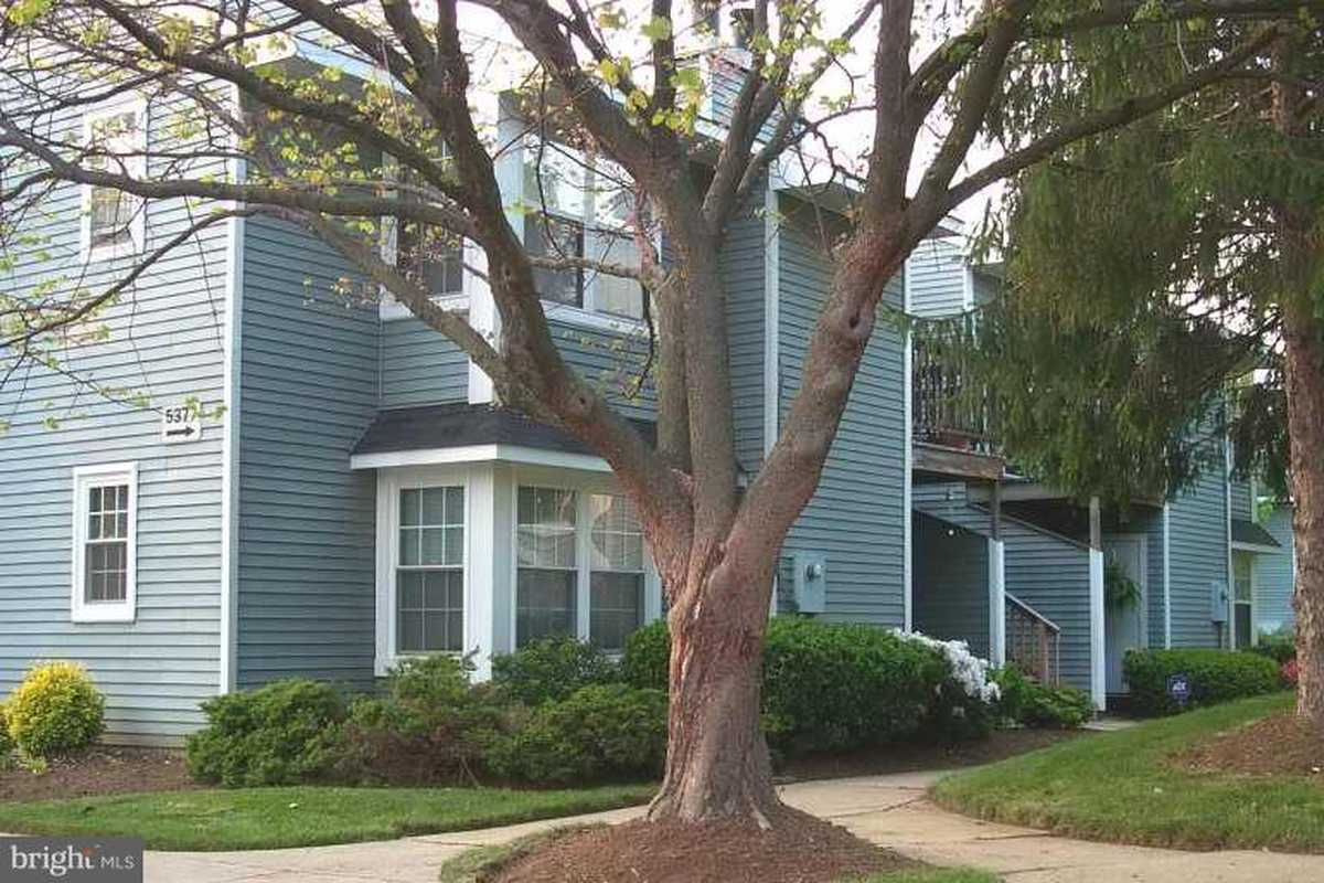 $219,900 - 2Br/2Ba -  for Sale in Clusters At Woodlawn, Alexandria