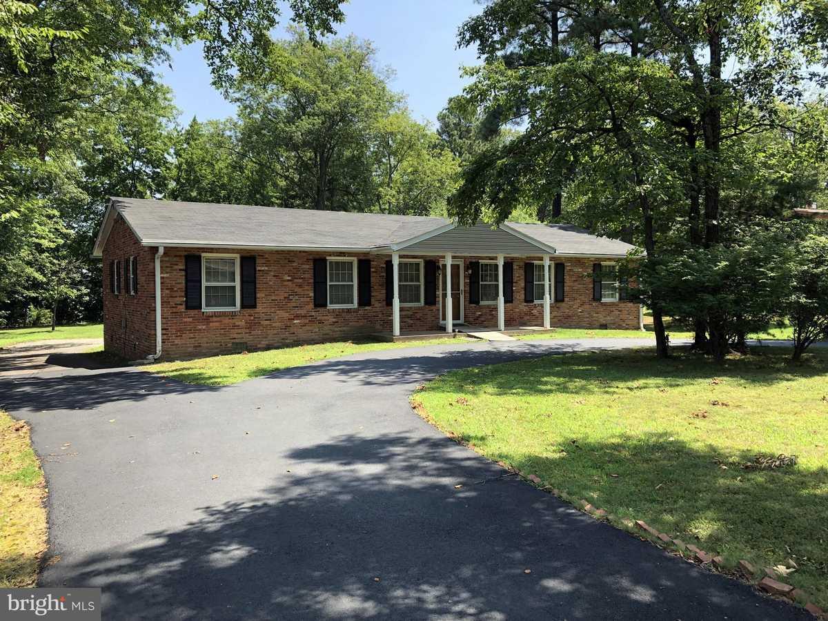 $745,000 - 3Br/2Ba -  for Sale in Pine Ridge, Fairfax