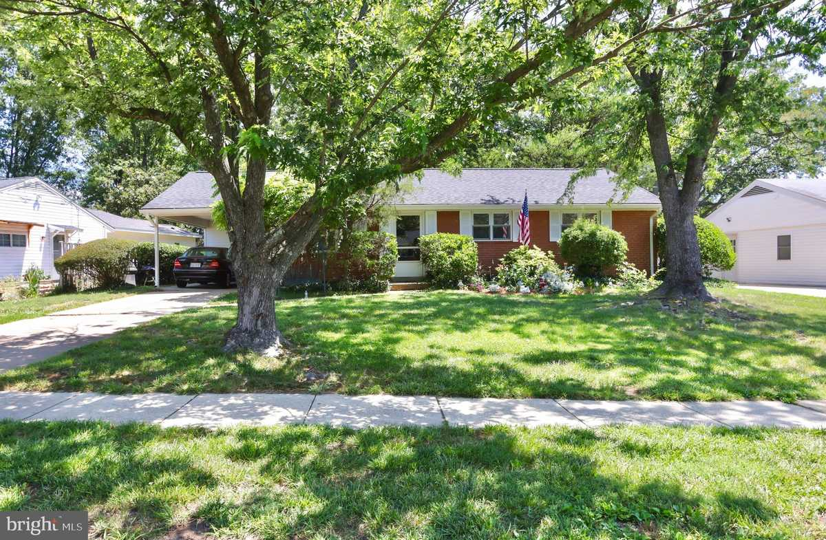 $520,000 - 3Br/2Ba -  for Sale in Monticello Forest, Springfield