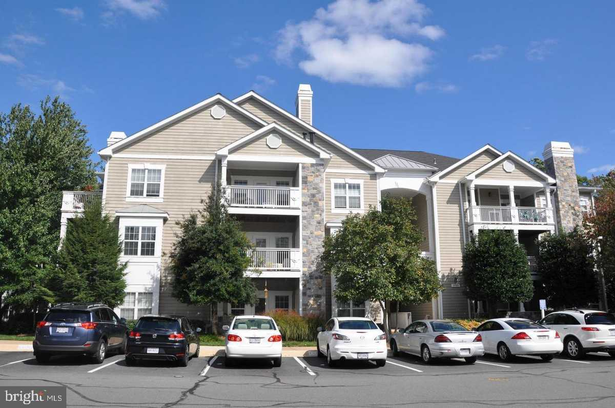 $335,000 - 2Br/2Ba -  for Sale in Edgewater At Town Center, Reston