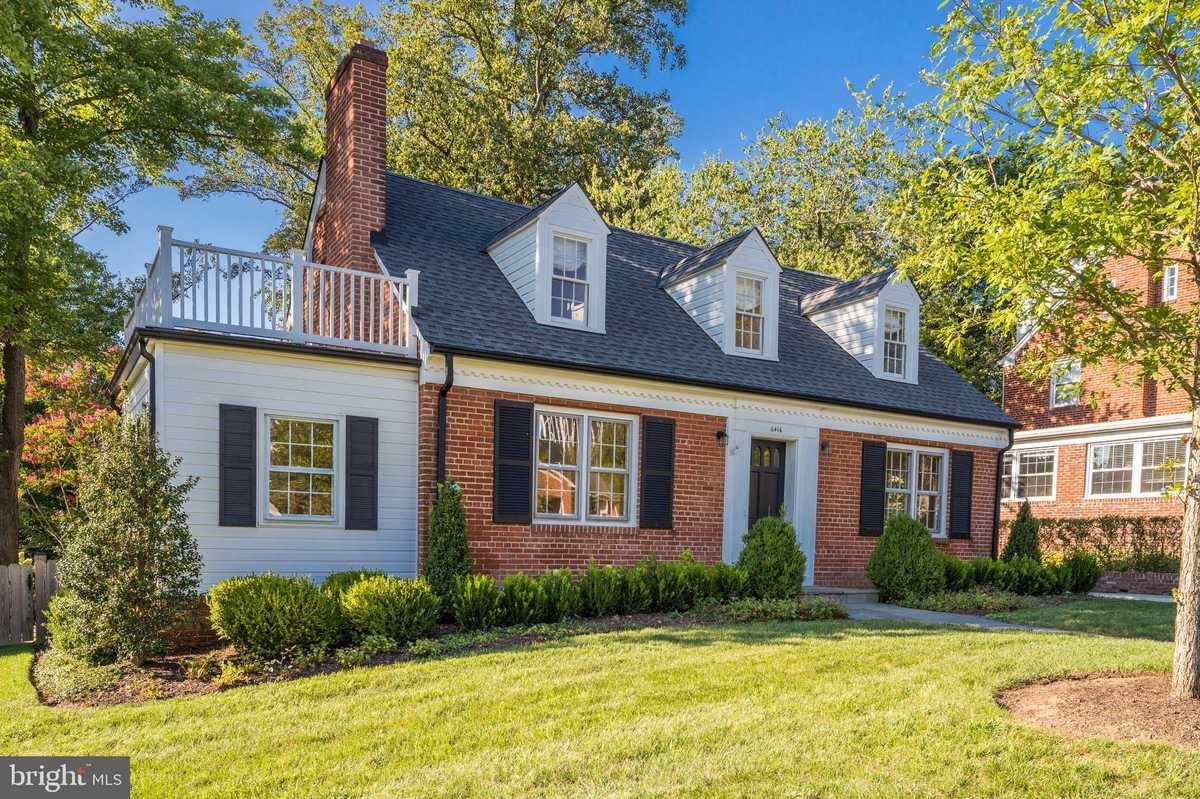 $989,000 - 4Br/4Ba -  for Sale in Hillwood, Falls Church
