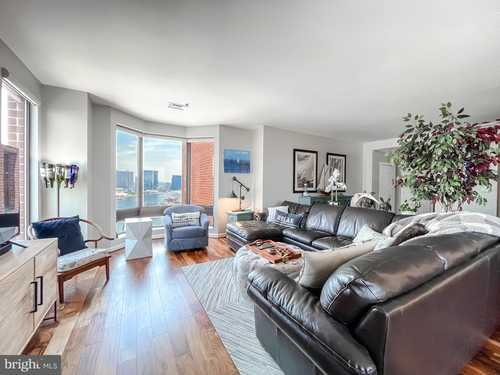 $399,000 - 2Br/2Ba -  for Sale in Inner Harbor, Baltimore